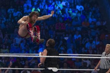 Bryan vs Ambrose