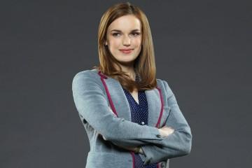 Elizabeth Henstridge