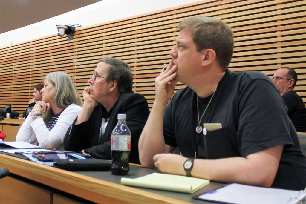 Left to right: Dr. Cynthia Paris Burkhead, Dr. David Lavery, and this correspondent during a panel at SCW6.